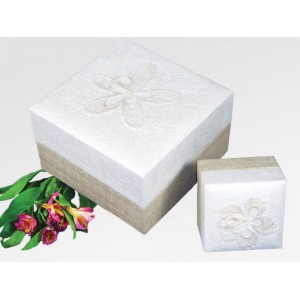 White Hemp Embrace Earthurn - Eco Urns